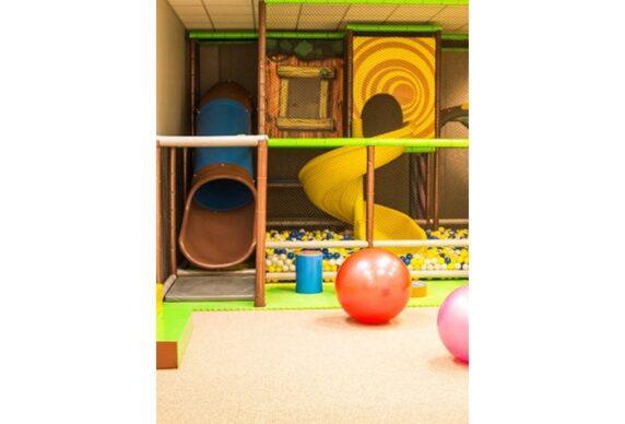 Žaidimų kambarys 1